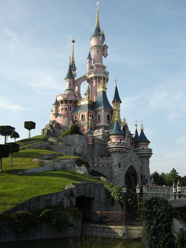 Disneyland, Paris-Disneyland Resort tourism destinations