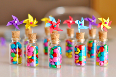 The 35 best diy favors ever world inside pictures diy pinwheel party favors by the brilliantly creative estefi machado solutioingenieria Choice Image