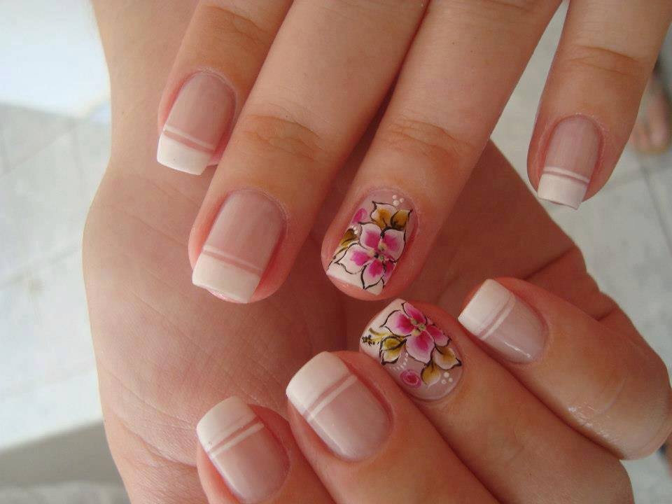 ... as 13 ... - 24 BEAUTIFUL AND UNIQUE NAIL ART DESIGNS World Inside Pictures