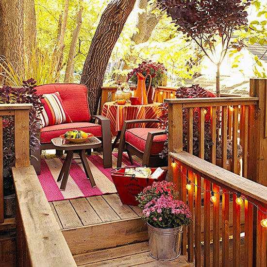 Fall Backyard Ideas : Fall Backyard Porch Decor