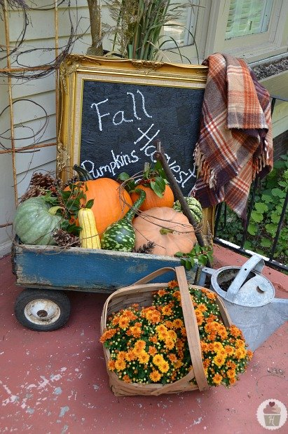 Fall Garden Decorating Ideas impressive autumn garden decor ideas Fall Vignette 1