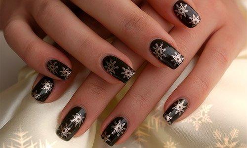 41-black-nail-art
