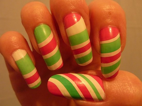 15-Simple-Easy-Christmas-Nail-Art-Designs-Ideas-2012-For-Beginners-Learners-11
