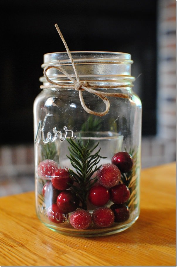 10 mason jar diy projects for christmas holiday world for What to fill mason jars with for christmas