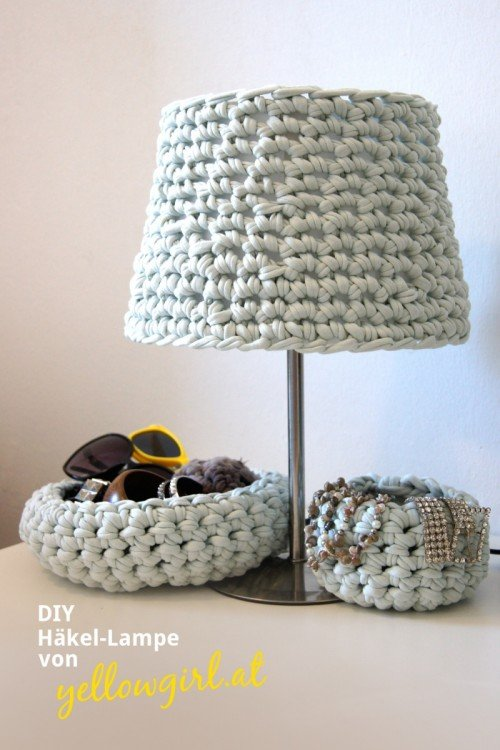 awesome-crocheted-diys-for-cozy-home-decor1