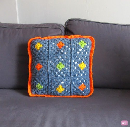 awesome-crocheted-diys-for-cozy-home-decor15-500x489