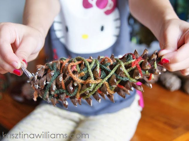 Pine Cone Crafts For Toddlers an Easy Fall Pine Cone Craft