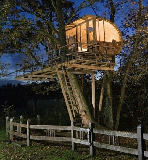 20 amazing fairytale tree houses around the globe world for Inside amazing homes