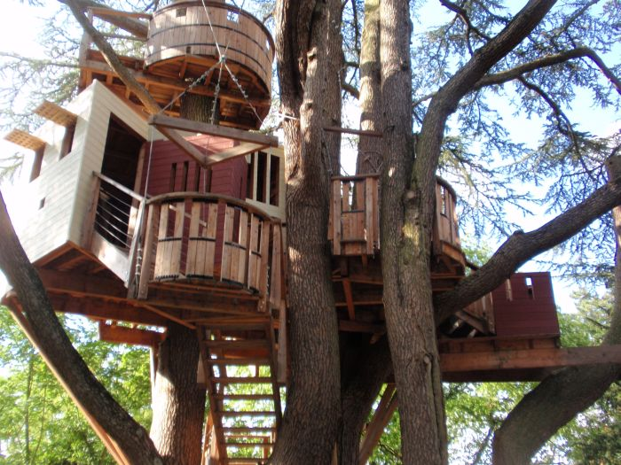 20 Amazing Fairytale Tree Houses Around The Globe World