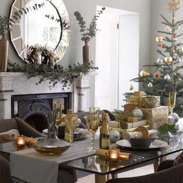 Modern christmas table decorations world inside pictures for Modern dining table centerpiece ideas
