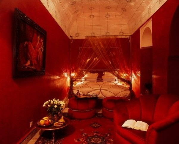 12 romantic bedroom ideas in red color world inside pictures for Bedroom ideas romantic