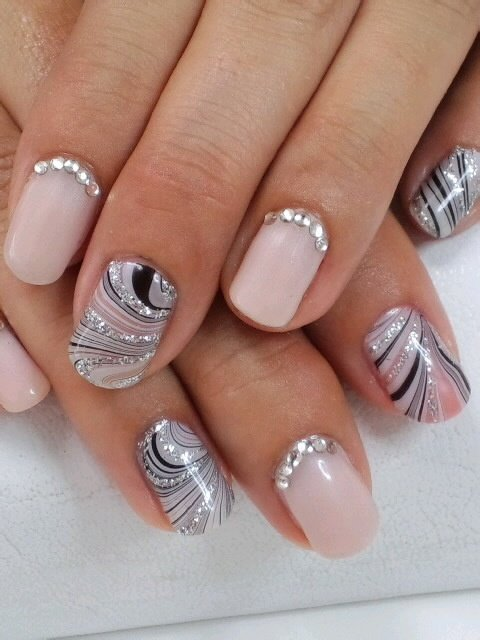 32 fantastic and stylish nail art designs world inside pictures 2 prinsesfo Choice Image
