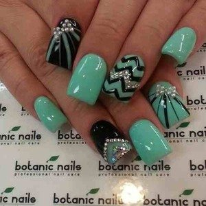 32 fantastic and stylish nail art designs world inside pictures 6 prinsesfo Image collections