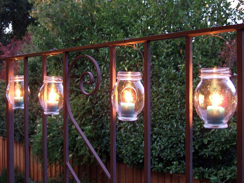 20 inspiring outdoor lighting diy ideas world inside pictures. Black Bedroom Furniture Sets. Home Design Ideas