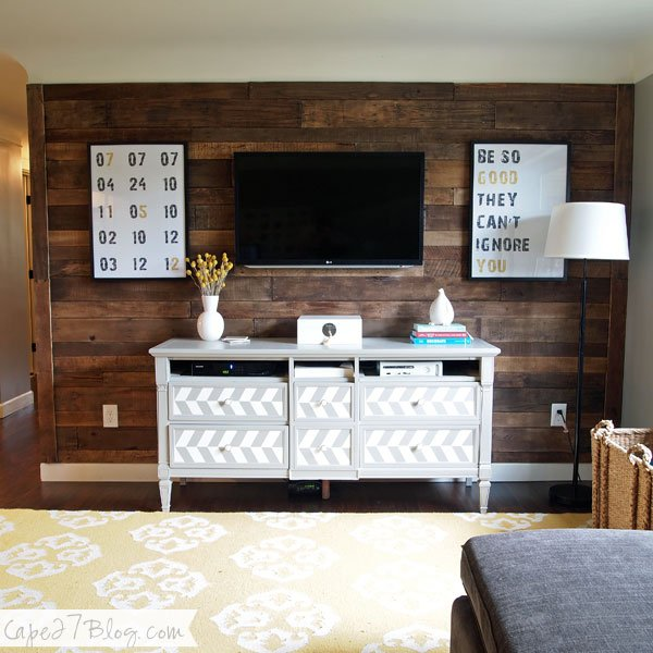 $20 DIY PALLET WALL Part 48
