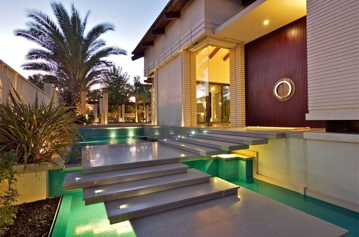 25 Alluring Entrance Designs For Your Home | World Inside Pictures