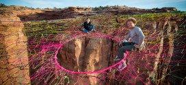Amazing – A Giant Hammock Between Cliffs 400 Feet Above the Desert in Utah