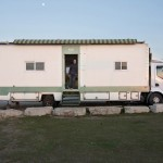 Man converts truck Into Amazing Solar Powered Off Grid Home…Look Inside…Amazing!