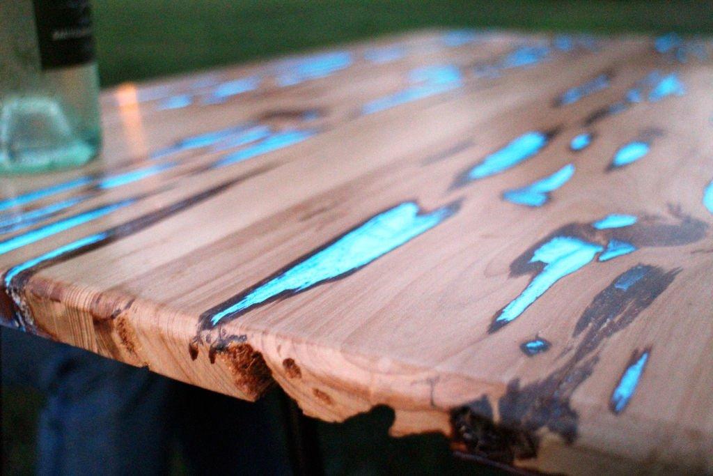 Стол из смолы и дерева своими руками