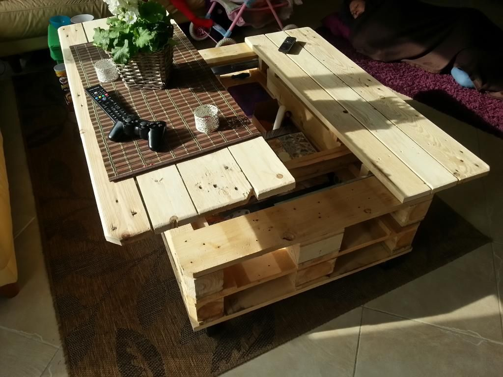 22 cheap easy and creative pallet furniture diy ideas that will 5 geotapseo Gallery