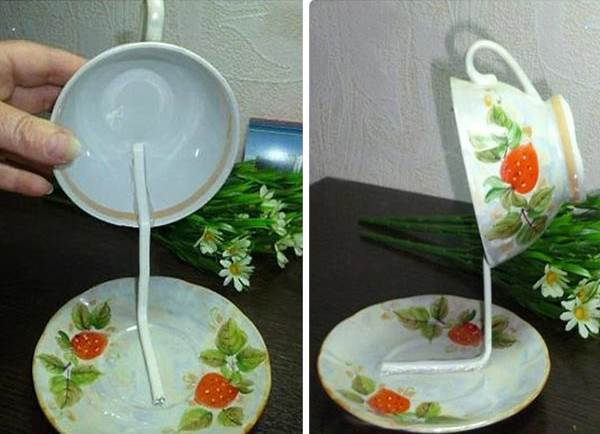 Amazing This Easy DIY Flower Flying Coffee Cup Could Be Stunning Decoration For Your Home