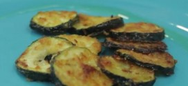 These Zucchini Crisps Looks Scrumptious, But The Secret Ingredients Will Change The Way You Think About Veggies