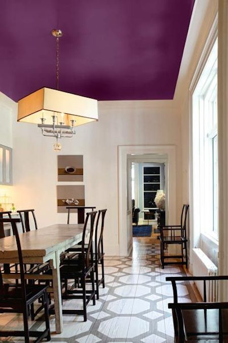 5.-Paint-your-ceilings-an-accent-color-27-Easy-Remodeling-Projects-That-Will-Completely-Transform-Your-Home