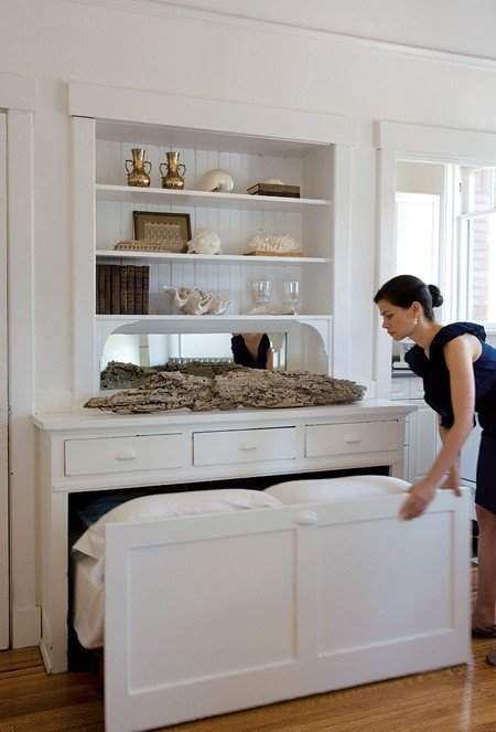 13 Absolutely Perfect DIY Ways To Create A Little More Space For Your Room
