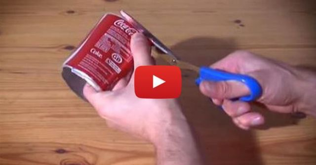 He Takes 12 Coke Cans And Cuts Them Up. Within Minutes, He Creates Awesome Christmas Gift!
