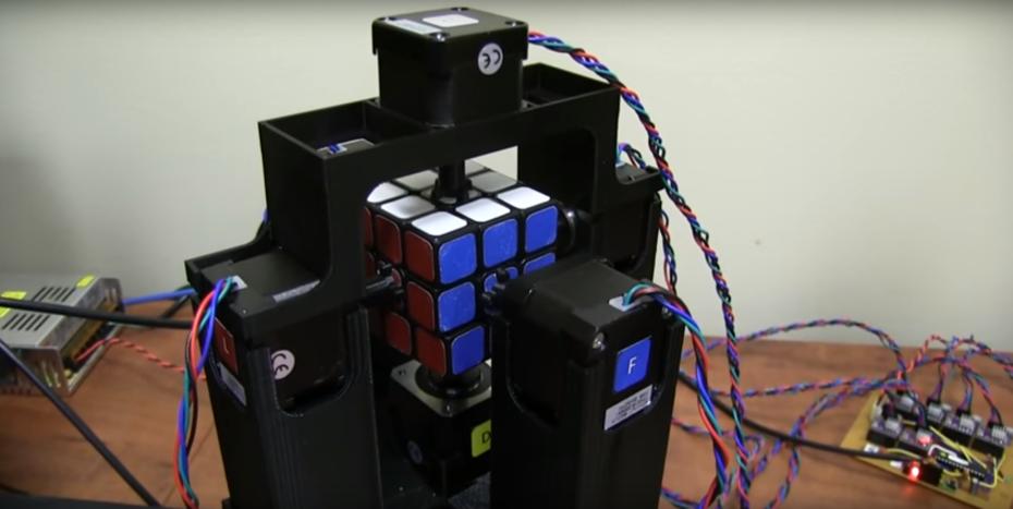 rubiks_cube_robot_1_second-930x467