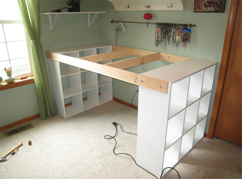 He Connected Three IKEA Bookshelves With Wood! What He Created For His Wife? Absolutely Useful