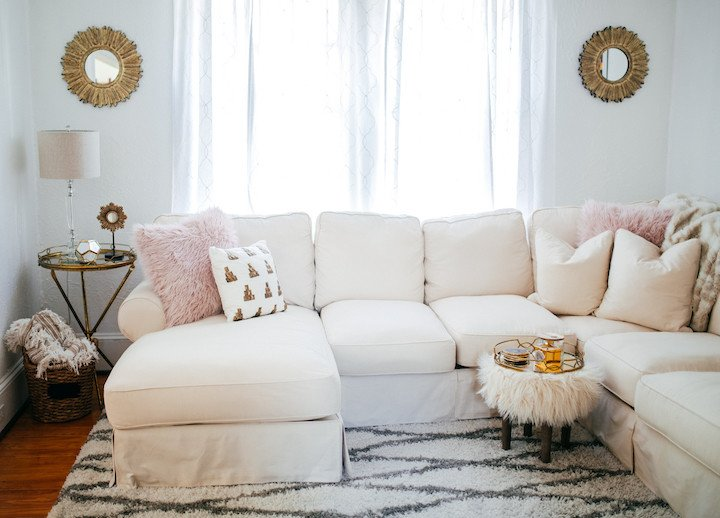 Autumns' cold is knocking on the door. Worm up with 20 cute and cozy textile decor ideas
