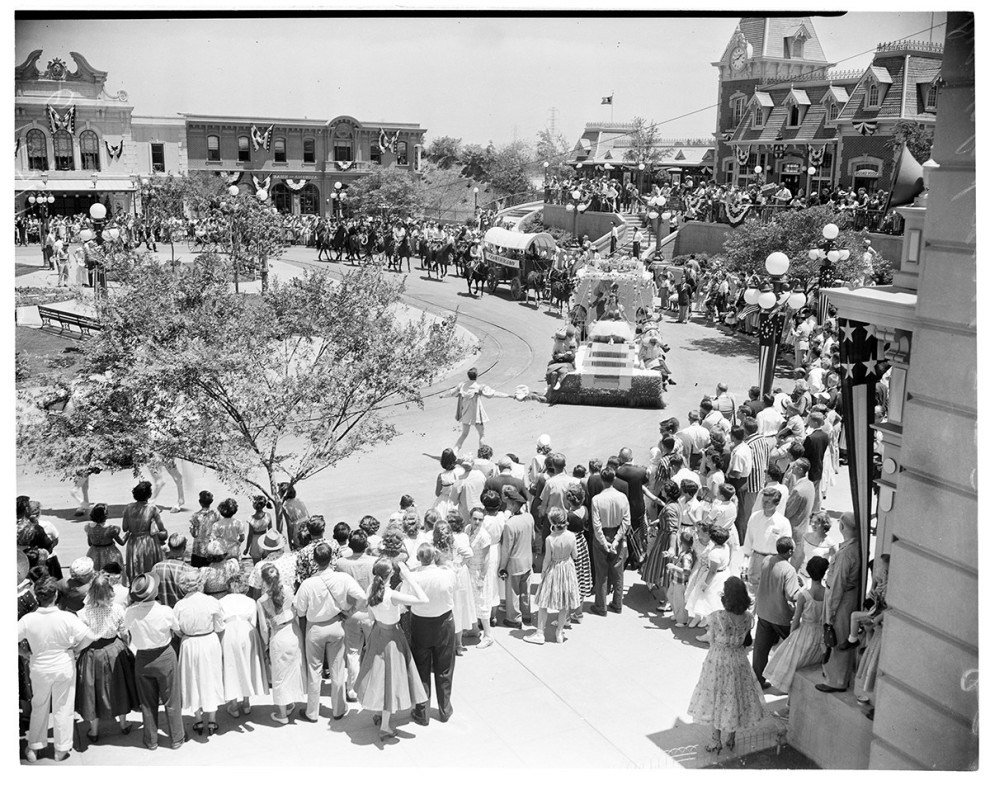 You Wont Believe Disneyland Has That Changed: Pictures From The Opening Day