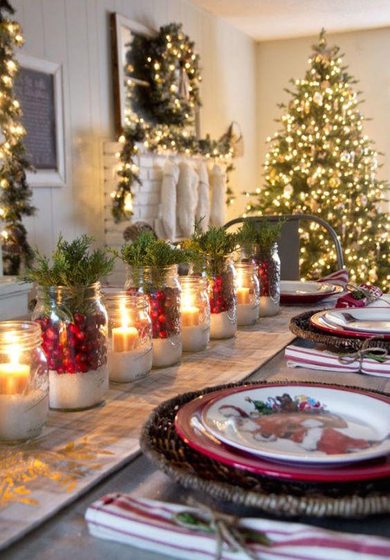 20 Festive Ideas For Setting Your Christmas Table