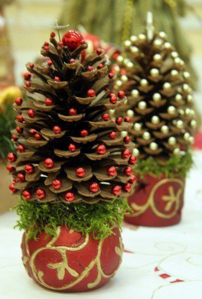 Mini DIY Christmas Trees  For Every Corner Of Your Home