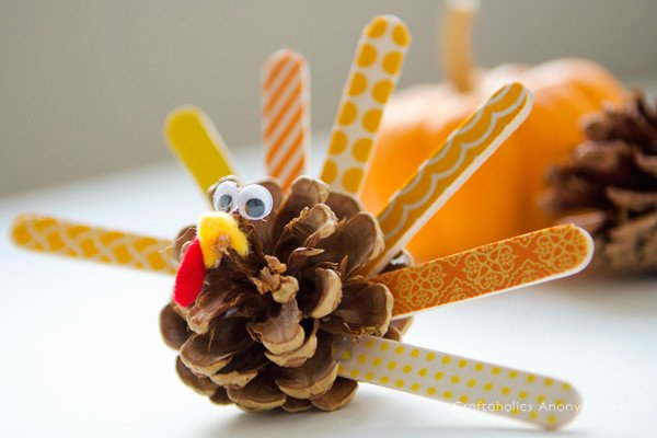 DIY Thanksgiving Turkeys Crafts – Fun For Whole Family