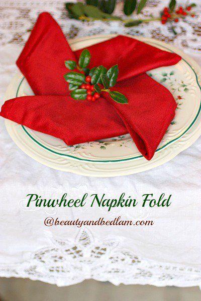 Napkin Folding Christmas Star