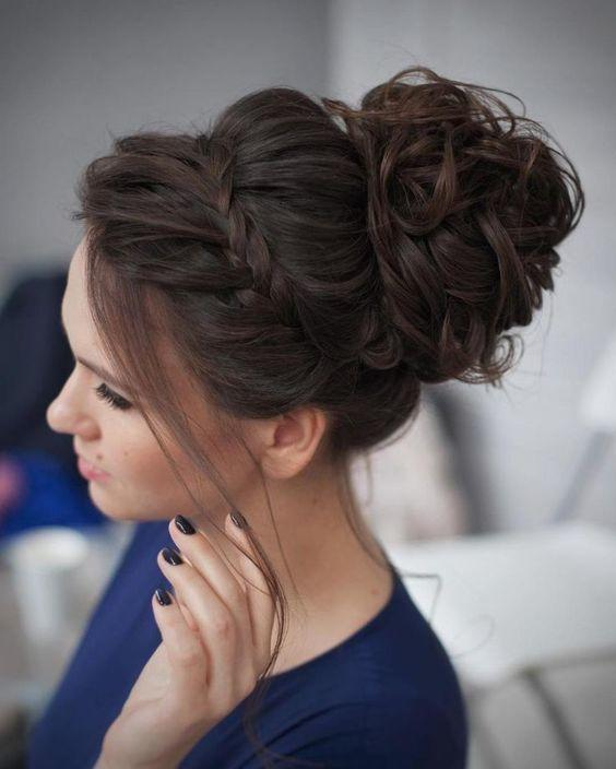 15 Gorgeous Prom Hairstyles To Express Your Individuality | World ...