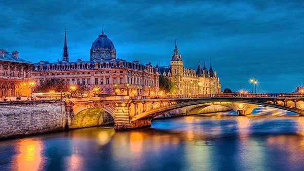 Paris-France-france-31746236-592-333