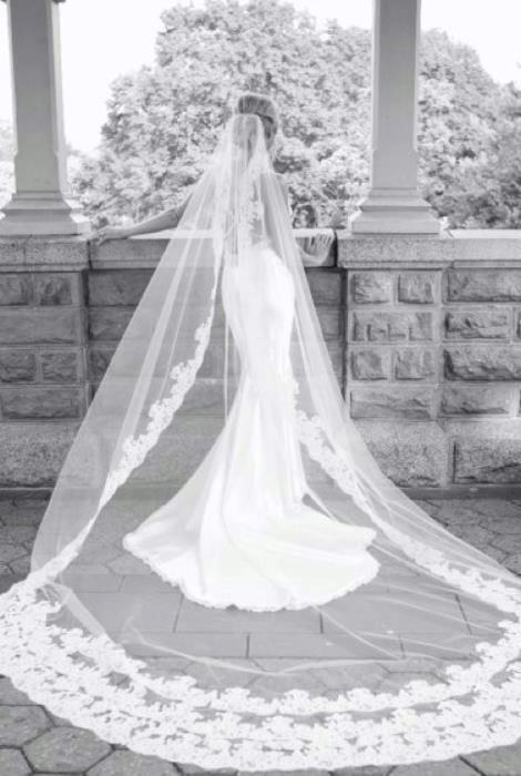 WEDDINGS D 12