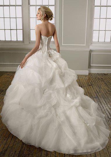 WEDDINGS D4