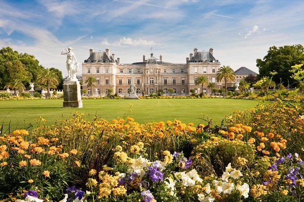 luxembourggardens-paris-france-shutterstock_34608166-600