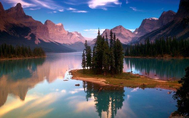 beautiful mountain lakes near me