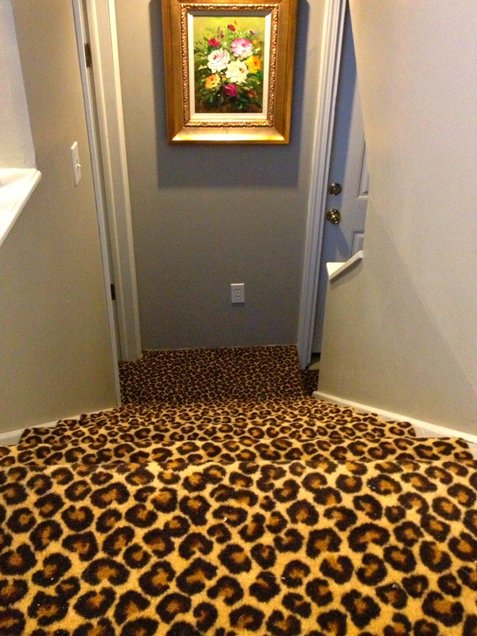 Leopard-stairs