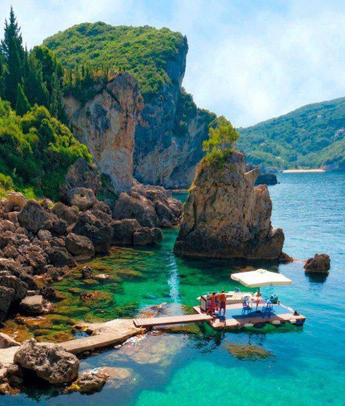 La-Grotta-Cove