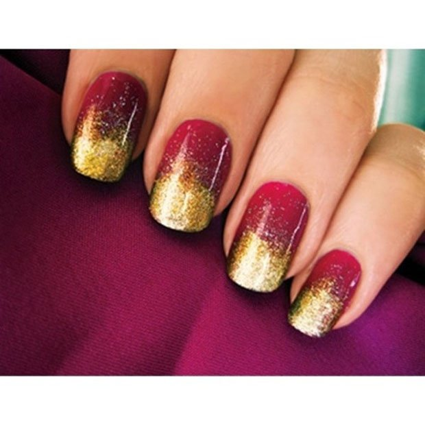 golden-gliter-nail-art-12