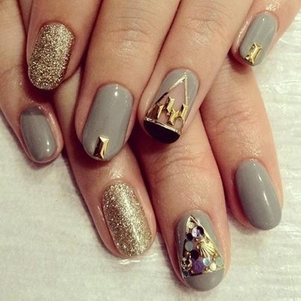 golden-gliter-nail-art-17