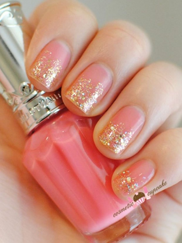 golden-gliter-nail-art-19