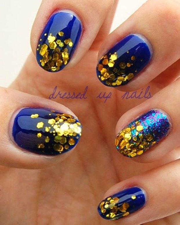 golden-gliter-nail-art-22