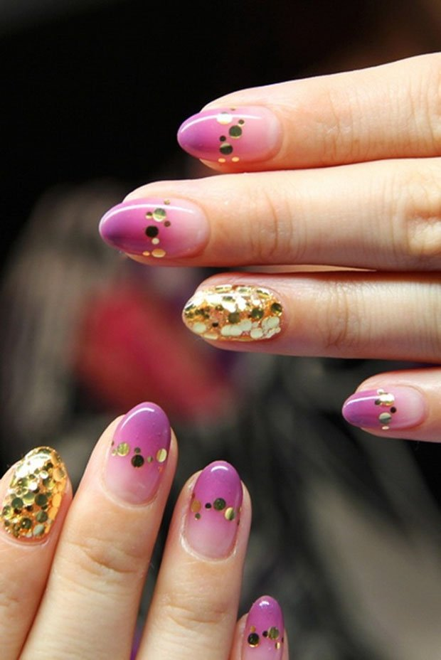 golden-gliter-nail-art-33